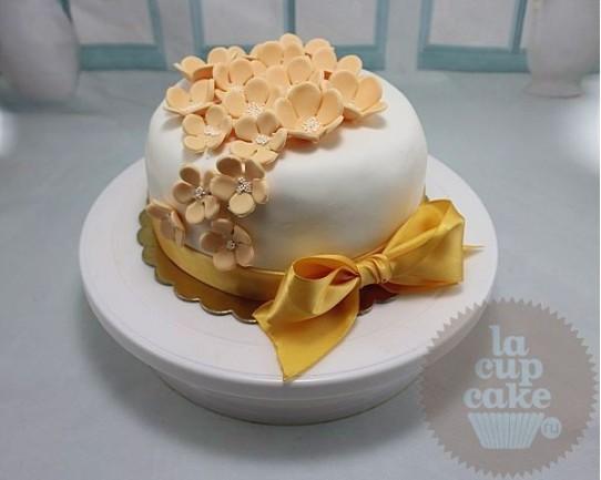 Свадебный торт Анютины Глазки 01WC
