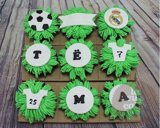 """Капкейки на День Рождения """"Реал Мадрид"""" 46BD"""