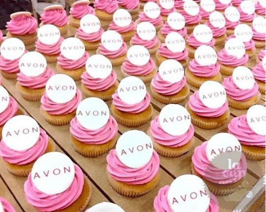 "Капкейки с логотипом ""Avon"" 02C"